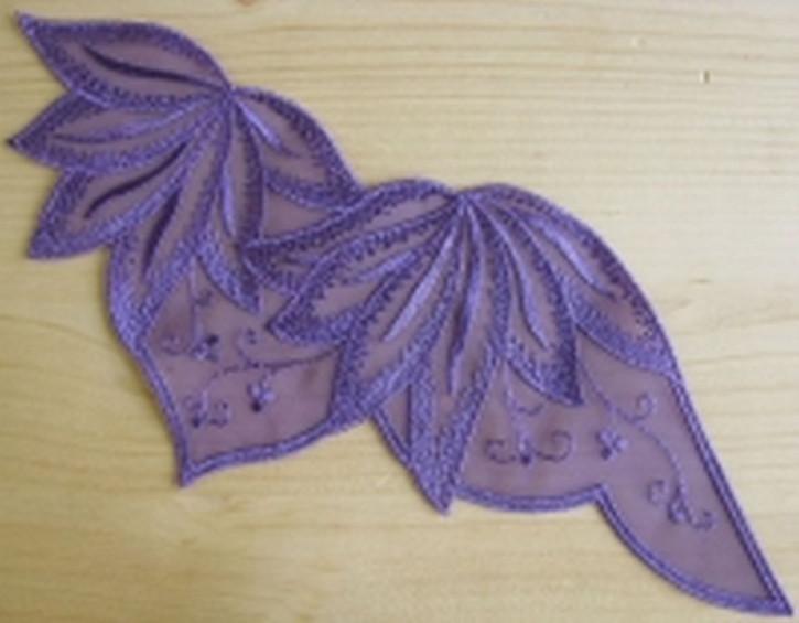 Spitzenapplikation - in lila