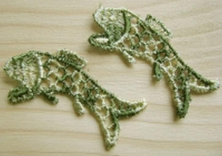 2 Stk. Fischchen Applikationen in oliv-grün Fb0660