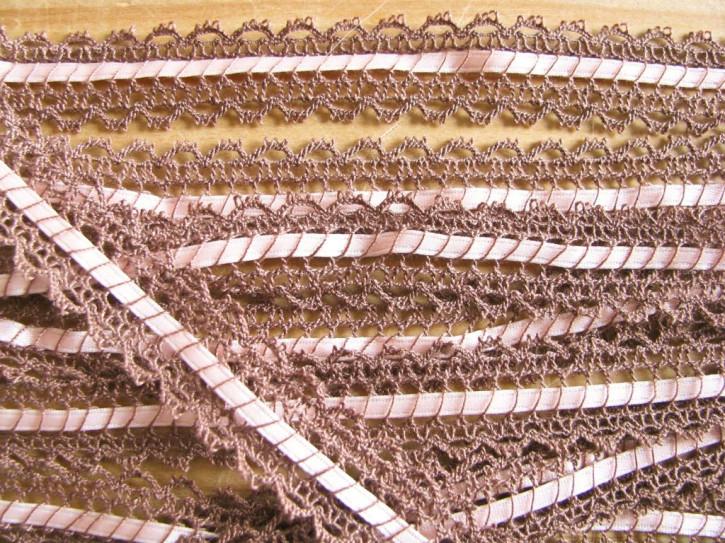 4m Zierspitze mit zartem Satinbändchen Fb0296