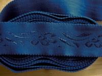 "4m Bundgummi ""Blumenranke"" in königs-blau Fb1078 - 3,5cm"