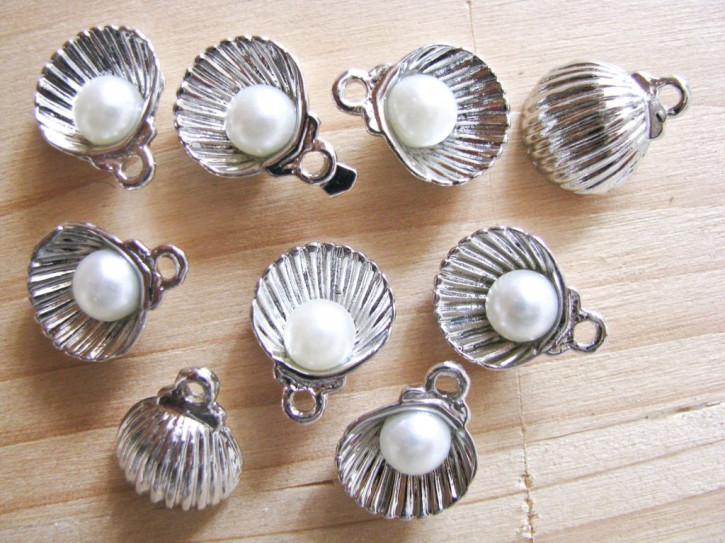 2 Stk. Charmes - Muschel mit Perle in silber/Metall
