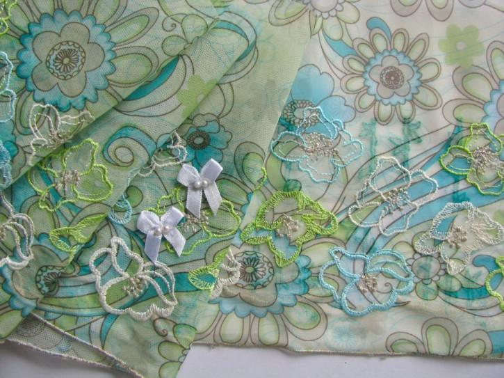 """1m Stickerei-Spitze """"Green Flowers"""""""