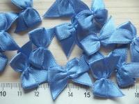 4 Schleifchen in saphir-blau