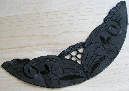 Spitzenapplikation in schwarz Fb4000