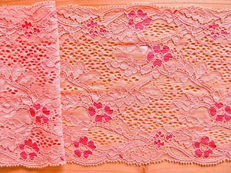 """1m elastische Spitze """"Sea of blossoms"""""""