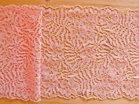 1m elastische Spitze in rosigem skin Fb0075