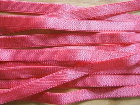 5m Satin-Träger-Gummi in flamingo Fb1421
