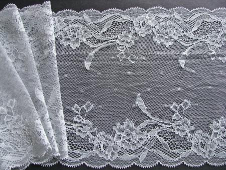 1m elastische XL-Spitze in eisigem silber-grau Fb0037