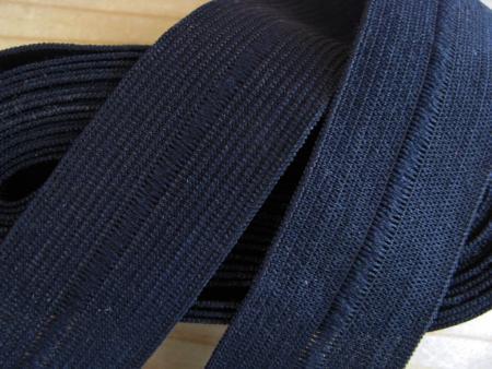 4m Bundgummi in abend-blau Fb0810