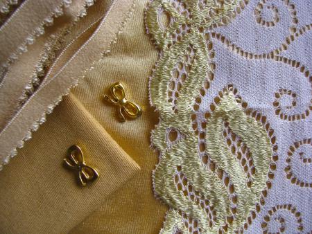 """1 Pkt. Materialpaket """"Lingerie of Gold"""" - Slipset"""