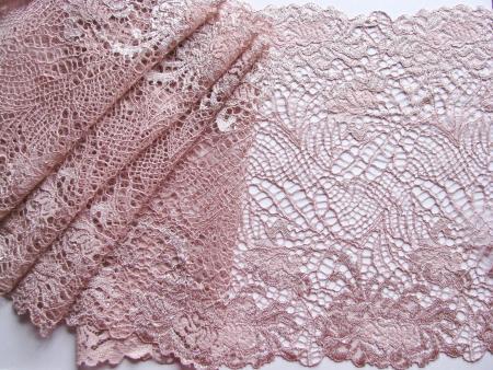 1m elastische XL-Spitze in puder-rosa Fb0637
