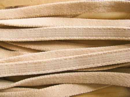 1m Bügelband in puder Fb0260