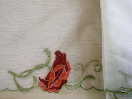 Edel-Spitze bestickt in h.creme Fb0778 mit Blumendesign