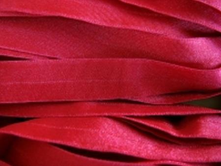 6m Falzgummi in kräftigem kirsch-rot