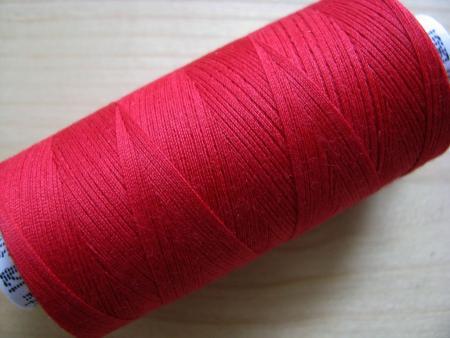 1 Spule Nähgarn in nelken-rot Fb0629