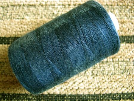 1 Spule Nähgarn in d. polar-blau Fb1471