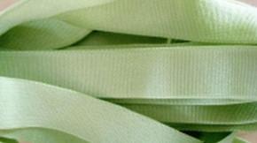 5m Satin-Träger-Gummi in apfel-grün