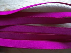 6m zarter Velour-Gummi in purple/Richtung lip-stick Fb1059