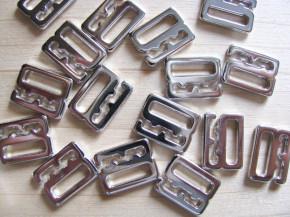 8 Stk. Haken in silber/Metall - 10mm