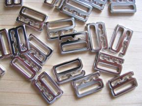 8 Stk. Haken in silber/Metall - 12mm
