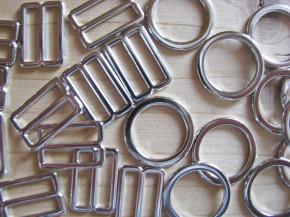 4 Schieber und 4 Ringe Metall in silber - 12mm